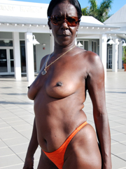 Old naked ghetto woman with flabby body..