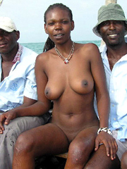 Amazing african girl with big naked..