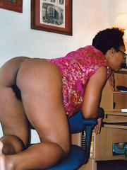 Ebony Naked Moms